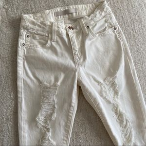 JOE'S JEANS White Icon Ankle Distressed Jeans -24W